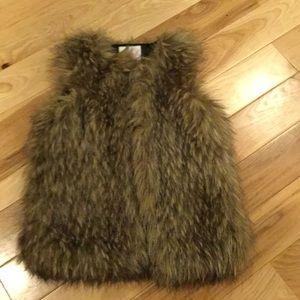 A fur coat for girls